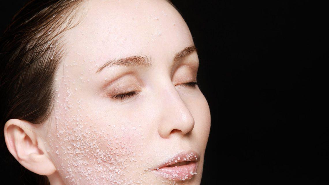 Les trois niveaux de peelings chimiques et comment ils vous aident